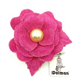 spilla dorata con fiore in tessuto fuchsia art. B000214